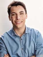 Miles Gibson (FlickerUp jury) headshot