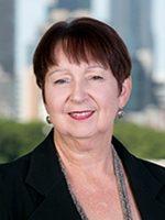 Lesley Alway headshot
